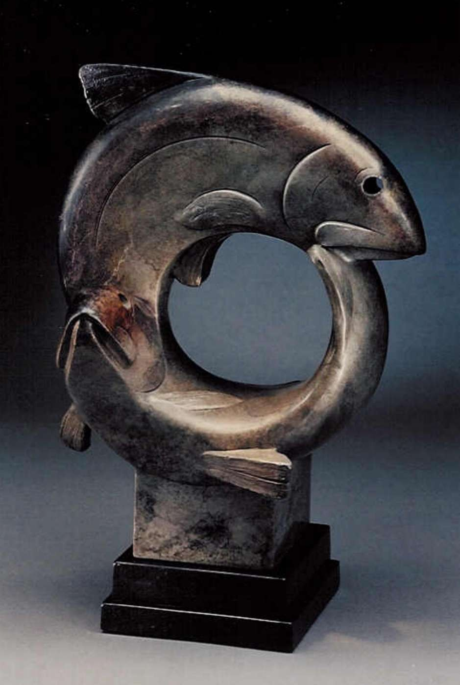 Wildlife bronze animal sculpture by tim cherry